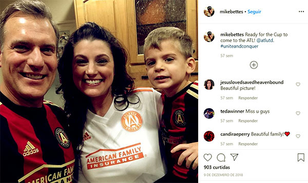 Image of Caption: Mike Bettes with his wife Allison Chinchar and son Landen Benjamin Bettes