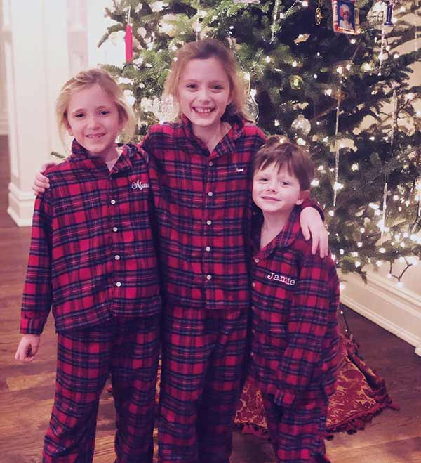 Image of James and Trish celebrate Christmas with their twin daughters and youngest son
