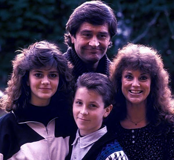 Image of David Bale with his son, daughter and second wife