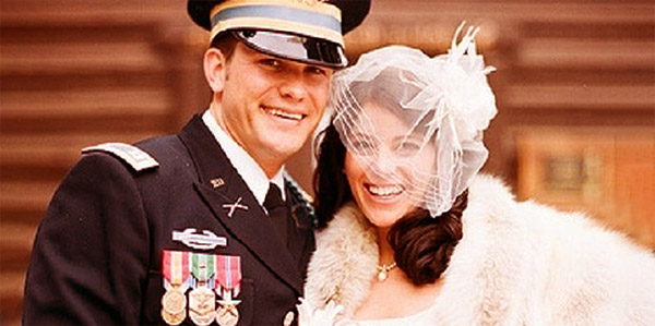 Image of Samantha and Pete Hegseth's wedding picture